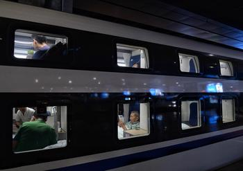 Все для людей: как выглядят современные плацкартные вагоны в Китае