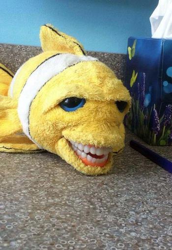 27 образовательных игрушек для стоматологов, которым самое место в фильмах ужасов