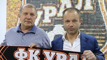 Переселение тренеров: Парфенов в «Урале», Тула без Божовича
