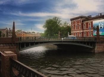 Поцелуев мост в Санкт-Петербурге - целуйтесь, дамы и господа, целуйтесь!