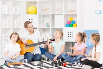 Почему родители все чаще стали отказываться от раннего развития детей
