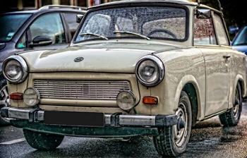 «Траби» - народный любимец, или Как «страшная машина ГДР» завоевала аномальную популярность
