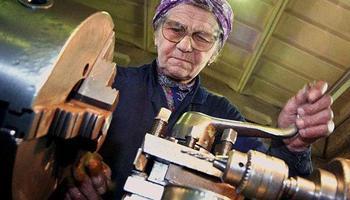 Работать на пенсию нужно будет 128 лет
