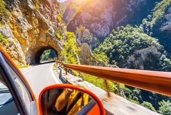 7 причин путешествовать по Черногории на автомобиле