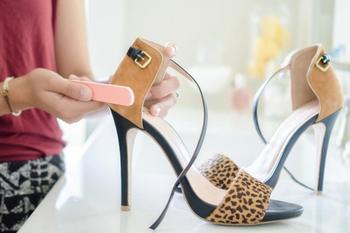 14 хитрых уловок, которые помогут вам спасти одежду и обувь