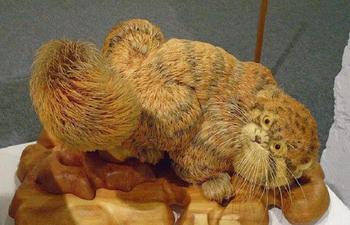 Реалистичные скульптуры животных из кедровой стружки