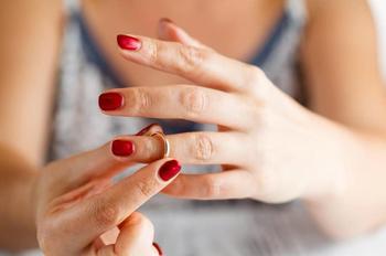 О коварной дихотомии чувств и отношений