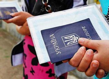 Как продлить срок пребывания в РФ: особенности, требования, способы и закон