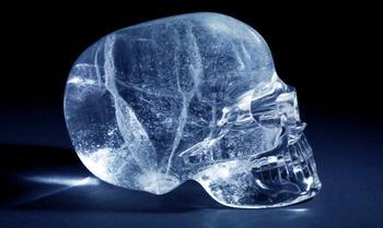 Загадка хрустальных черепов майя: Обрядовый реквизит жрецов или подделка археологов