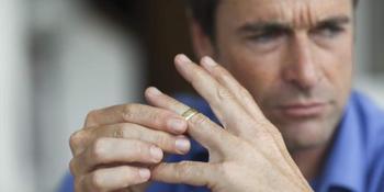Гороскоп развода: какие знаки Зодиака чаще всего расторгают браки