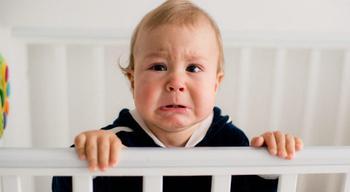 Молодой папа показал умилительный способ, как убаюкать ребёнка менее, чем за 1 минуту