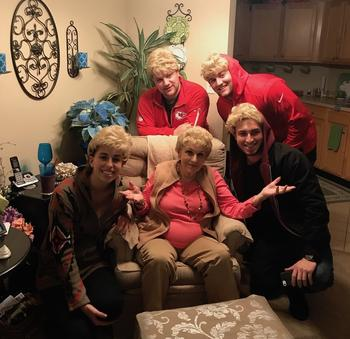 25 бабушек и дедушек, которые не перестают удивлять своих внуков