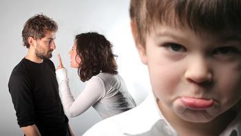 10 шагов, которые помогут ребенку справиться с разводом родителей