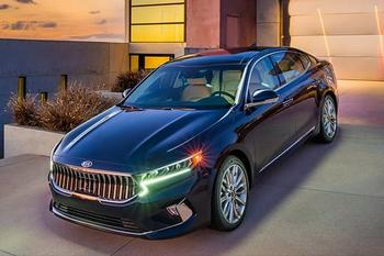 Киа Каденза 2020 — новый бизнес-седан с большим количеством двигателей