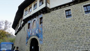 Наша весенняя экскурсия 12. Капиновский монастырь, внешне похожий на крепость