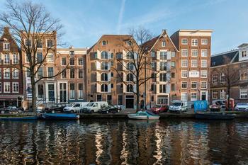 Окна решают: великолепные апартаменты в Амстердаме