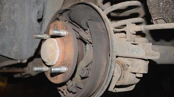 Барабанные тормоза: как они устроены и как их ремонтировать
