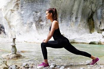 Йога, стретчинг и пилатес: 10 важных упражнений для новичков