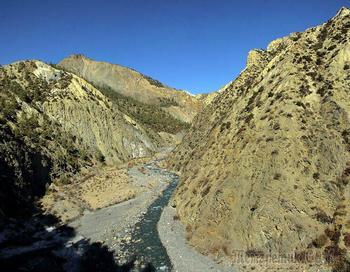 Непал. Гималаи. Трек вокруг Аннапурны. 8. Мананг (3550) - Канг-Сар (3740) - Кхарка (4050)
