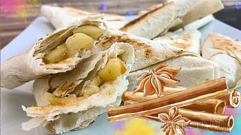 Хрустящие пирожки из тонкого лаваша с яблоком, бананом и корицей