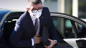 Шантаж и манипуляции: в Госдуме усомнились в искренности премьера Чехии