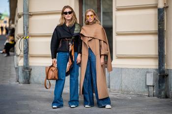 5 небанальных способов носить джинсы в 2021-м