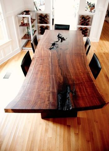 Примеры великолепной деревянной мебели для уюта в доме