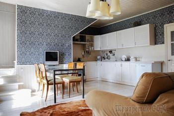 Не может не нравиться: дача с теплой верандой и кухней под лестницей