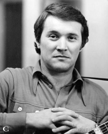 19 ноября 1939 г. - день рождения поэта и музыканта Бориса Григорьевича Щеглова