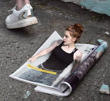 Российская художница продолжает создавать удивительные сюрреалистические фотоманипуляции
