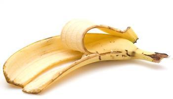 Как приготовить удобрение из банановой кожуры для комнатных растений