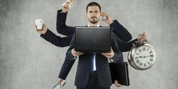 Гороскоп трудоголиков: по каким причинам знаки Зодиака готовы работать день и ночь