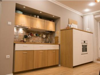 Кухня-гостиная с нишей для гарнитура