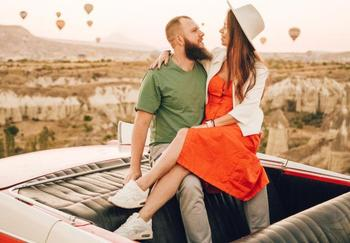 Знаки Зодиака которые могут встретить новую любовь в марте 2021 года