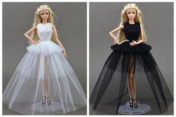 Одежда для куклы Барби и Монстер Хай крючком и спицами: схемы с описанием