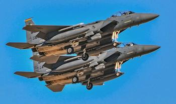Угроза для ВКС? Как старый F-15 уничтожит новейший Су-57