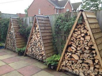 Поленница для дров: виды конструкций и варианты для частного дома