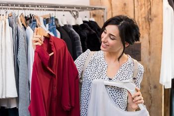 5 секретов как определить качество одежды в магазине
