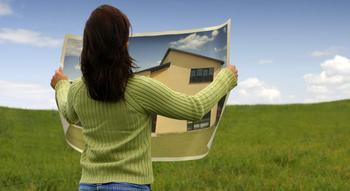Чем выгодно приобретение дома вместе с земельным участком