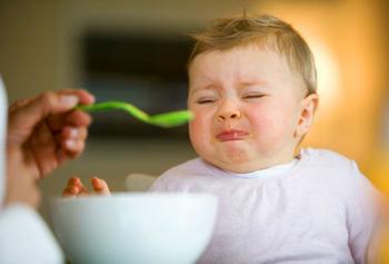 Почему ребенок плохо ест и что делать в таком случае?