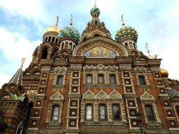 Семь мистических загадок красивейшего Храма Петербурга, повлиявшего на распад СССР