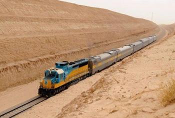 Среди песков: как выглядит железная дорога в Сахаре