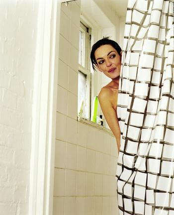 Зачем в советских квартирах делали окно из ванной на кухню