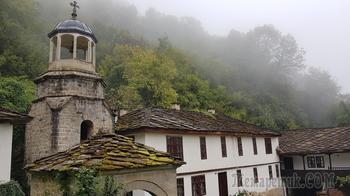 В северной части Болгарии. 3. Батошевский монастырь