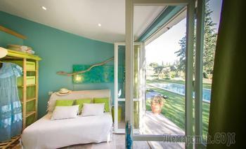 Жизнерадостный дом с бассейном в Провансе, 120 м²
