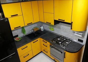 """Моя кухня: """"желточек"""" в хрущевке"""