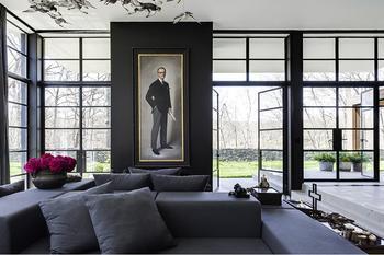 Стильный интерьер в черном цвете