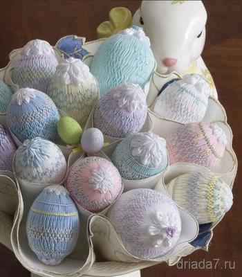 Очень необычный декор пасхальных яиц