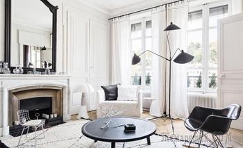 Черно-белая квартира в Лионе