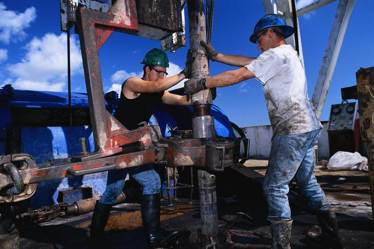 Вредная работа нефтяников